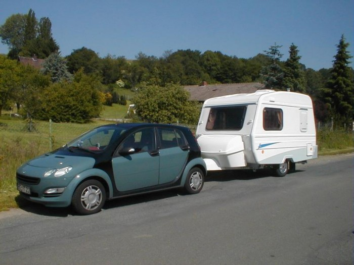 neu caravans klein caravaning freizeitfahrzeug kleinewohnwagen markenhersteller. Black Bedroom Furniture Sets. Home Design Ideas